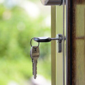 Mieszkanie od dewelopera czy z rynku wtórnego?